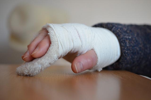 gips na złamaną rękę